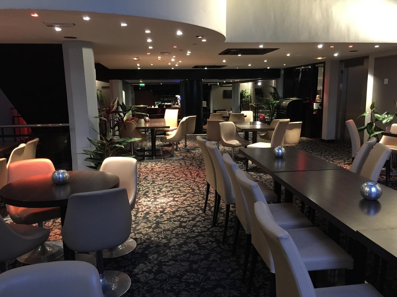 Soirée au centre de Paris restaurant chippendales du Cercle Cadet